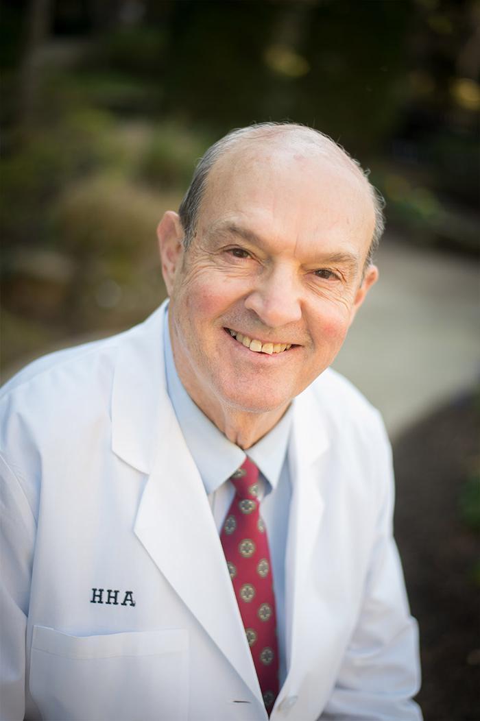 Dr. 艾伦·休斯
