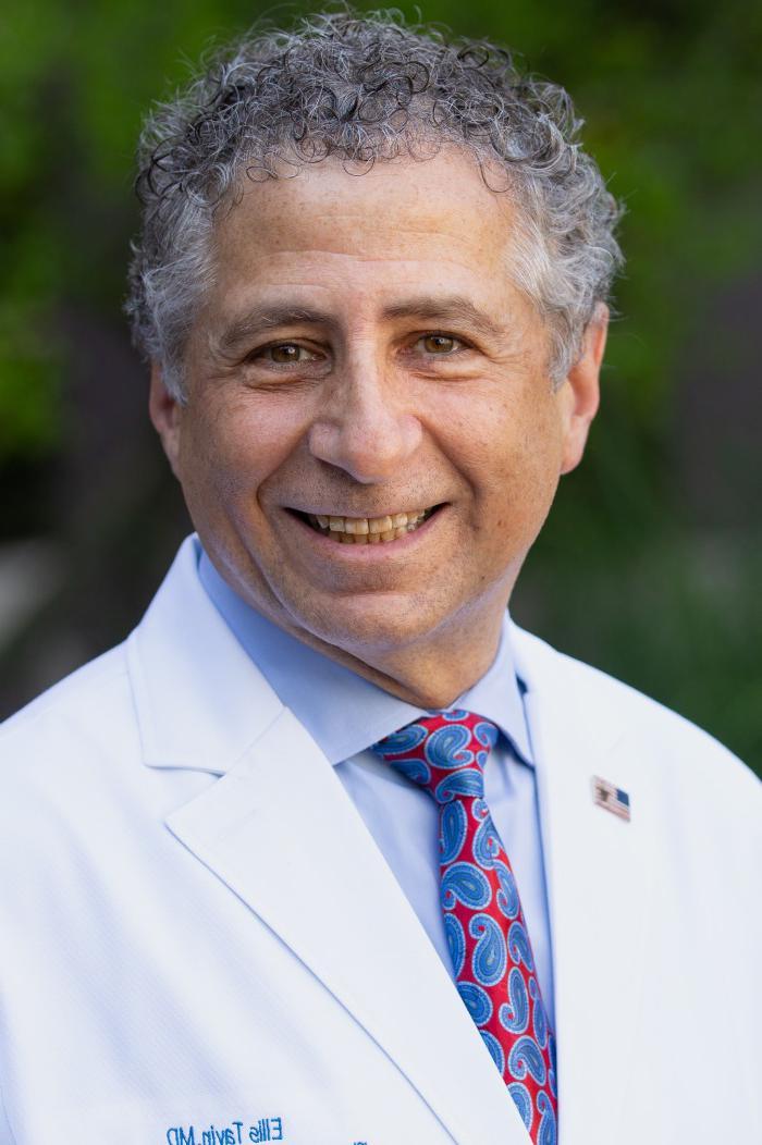 Dr. 埃利斯Tavin
